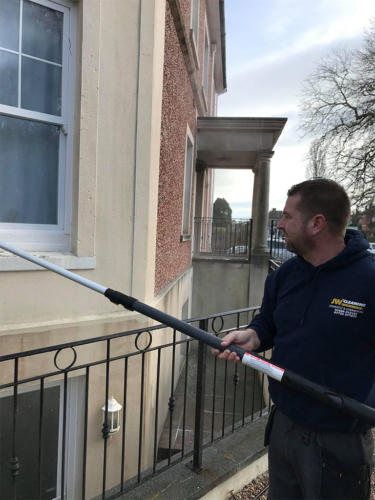 Reach pole window cleaning